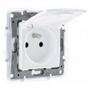 Niloé prise de courant  à volet 2P+T  F/B IP44 étanche blanc