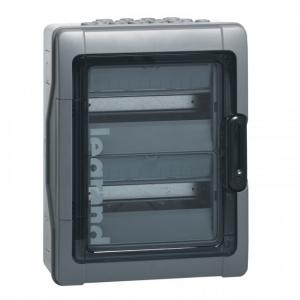Coffret PLEXO³ - IP 65 - IK09 - 2 rangées - 12 modules                          Auto-extinguible, resistant au fil incandescent