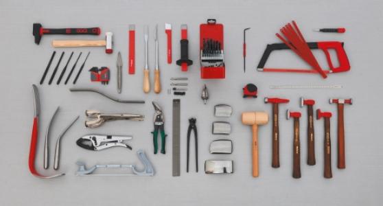 Composition de 95 outils pour le carrossier Ref : CP-95